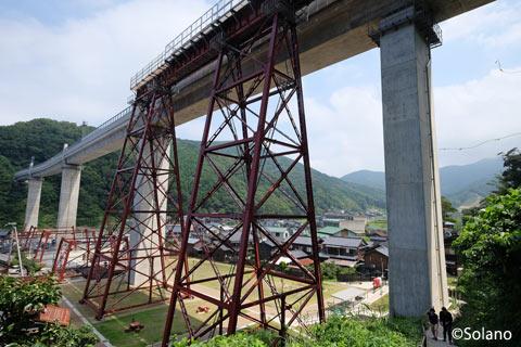 餘部駅、保存された余部鉄橋とコンクリートの餘部橋梁