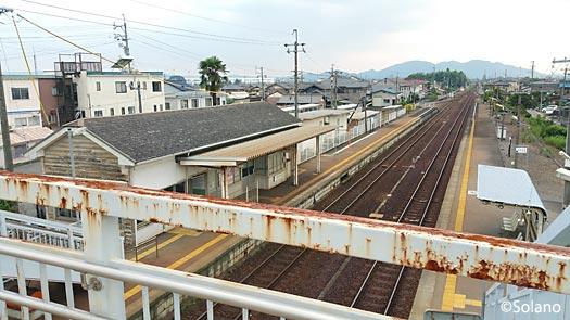 JR東海・高山本線、古井駅のプラットホームを見下ろす