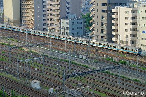ホテルメトロポリタン・さいたま新都心からの列車の眺め