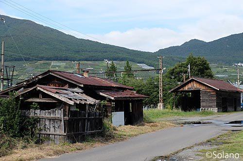 長野電鉄・信濃竹原駅・詰所や貨物上屋など駅構内設備