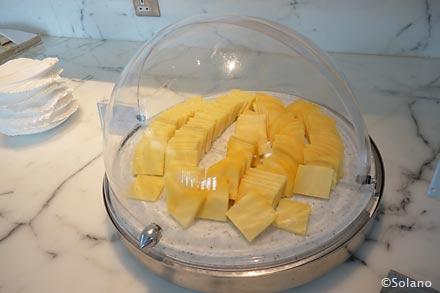 キャセイ香港国際空港ラウンジ、ザ・ウイングのチーズ