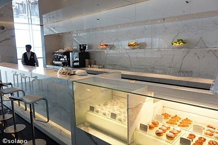 キャセイ香港空港ラウンジ、ザ・ウイングのコーヒーロフト