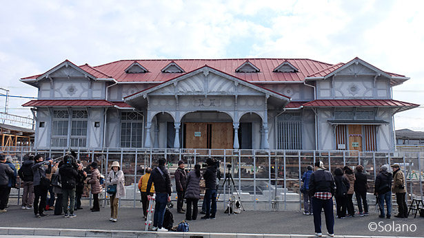 2017年12月、曳家中の浜寺公園駅旧駅舎