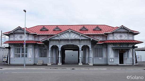 南海本線・浜寺公園駅旧駅舎、曳家完了後の風景