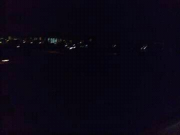 名古屋から西へ向かう高速バス、夜の車窓風景