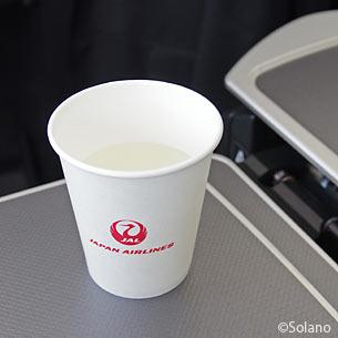 JAL国内線・名古屋中部‐東京成田線、ドリンクサービス