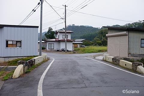 山形県南陽市・中川駅近く、石造りの古いアーチ橋・小巌橋