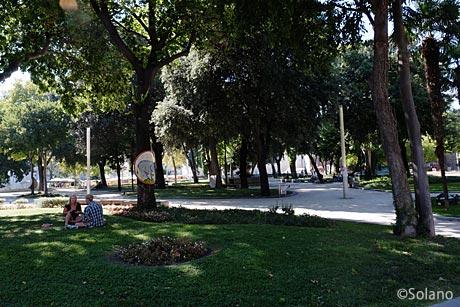 クロアチア・スプリト、旧市街・城壁外の公園