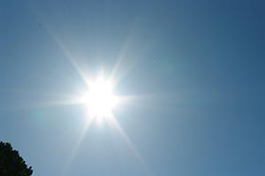 太陽・2013・10・27・14時00分・300px・フォトック