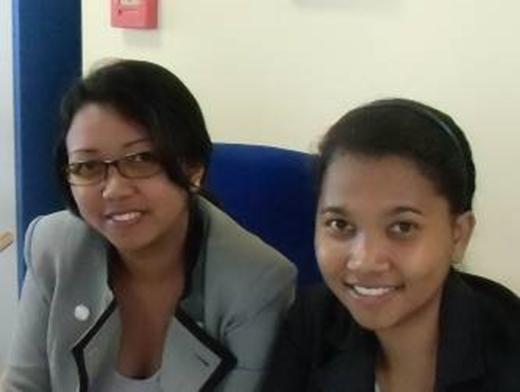 マダガスカル、マレー系の女性、銀行員