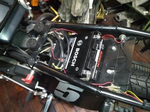 単車バッテリー交換 (14)