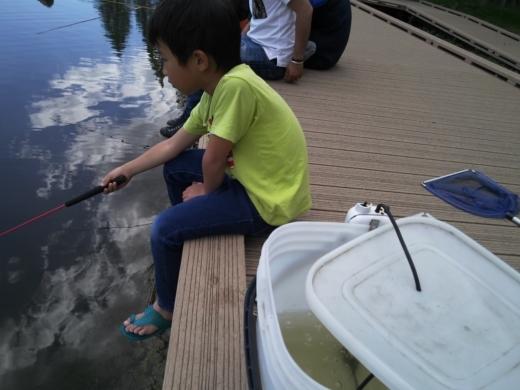 舎人公園で釣り (16)