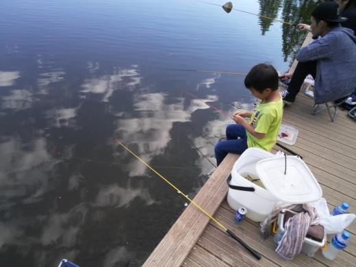 舎人公園で釣り (23)