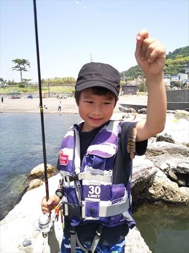 トンビ磯で釣り (18)
