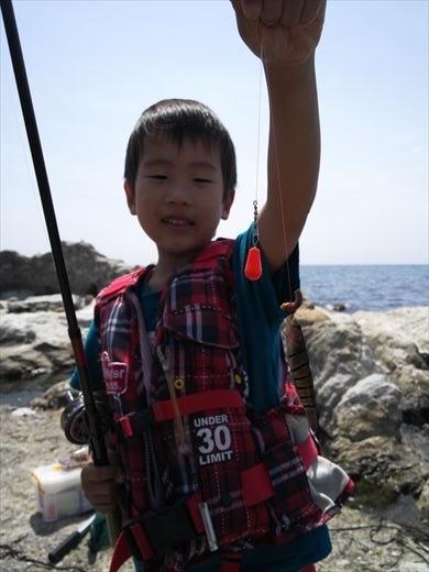 トンビ磯で釣り (20)