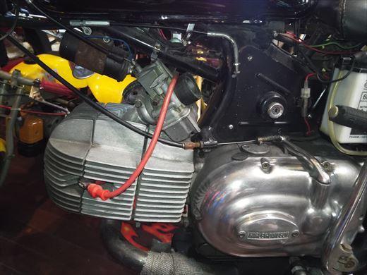 ハーレーダビッドソンアエルマッキスプリント350 (2)
