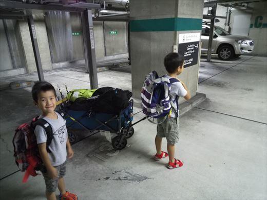 式根島キャンプ出発 (8)