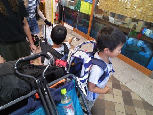 式根島キャンプ出発 (18)