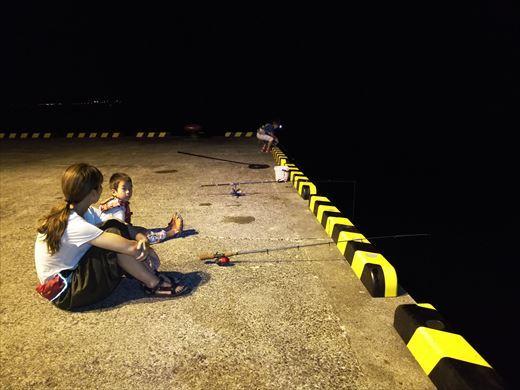 式根島2日目夜釣り (23)
