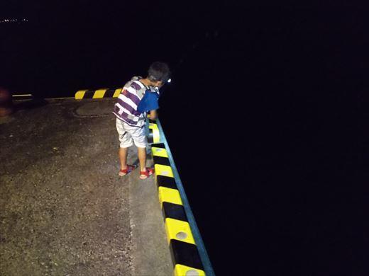 式根島2日目夜釣り (26)