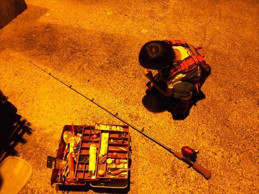 式根島2日目夜釣り (31)