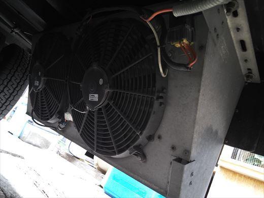 エアコンのファン (2)