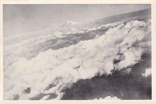 米機動部隊B29と富士山2