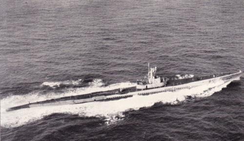 米潜水艦サーモン
