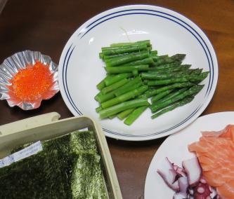 アスパラガス手巻き寿司用