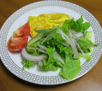 赤タマネギ利用サラダ