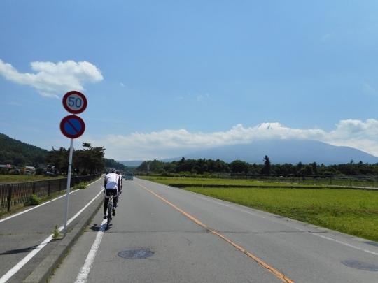 18_06_03-15oshinomura.jpg