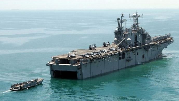 2018-6-16強襲揚陸艦ナッソー