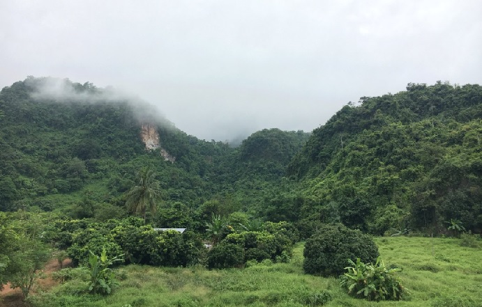 2018-7-20タムルアン洞窟周辺風景