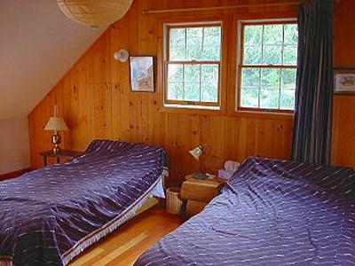 17-2Fロフトベッドルームlog-p6bedroom3