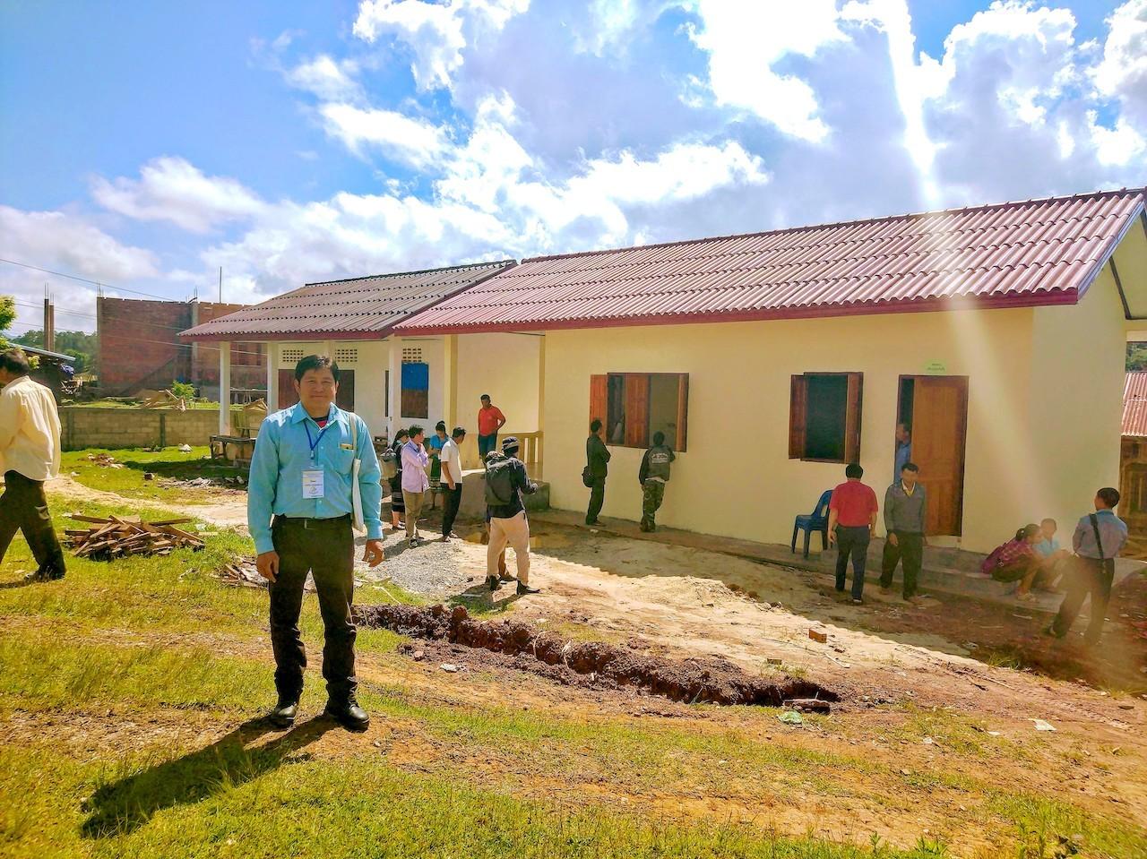 ナショナル・ハニー・ワークショップでレ・トン村の養蜂訓練センターを訪問したときのシポンさん(2018年5月江角撮影)