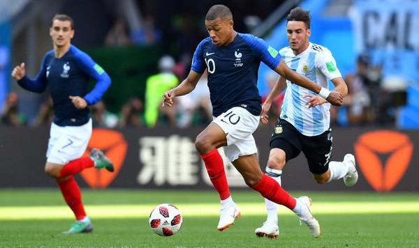 フランス アルゼンチン