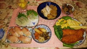 はまち寿司 ブリ大根 チキンカツ 鯛刺身 煮物2つ