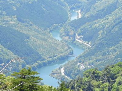稲村ダム湖