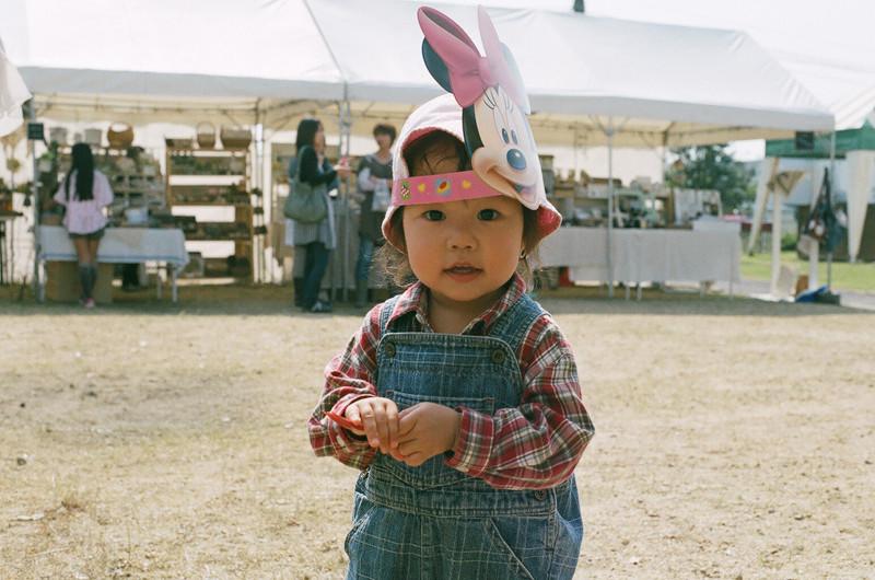 $フィルムカメラで嫁を撮る -YOME--小さい子