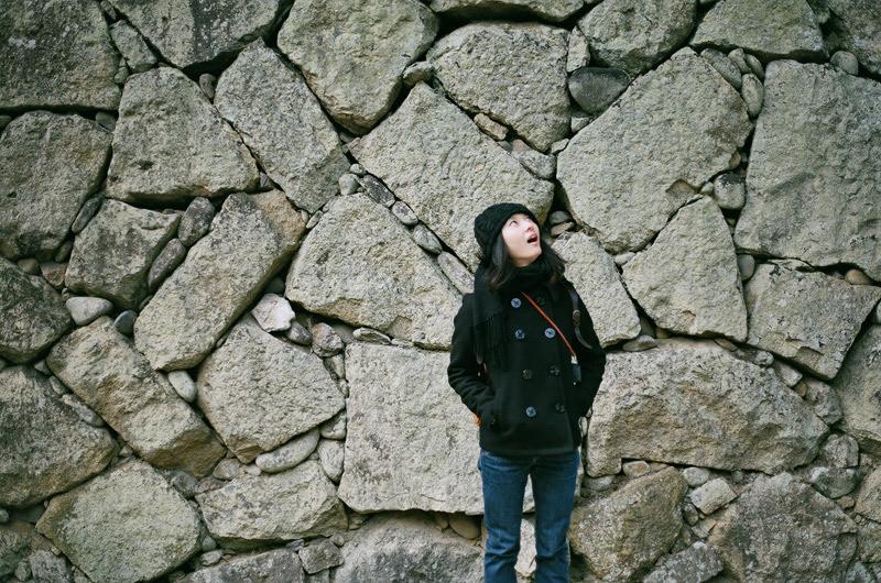 $フィルムカメラで嫁を撮る -YOME--壁