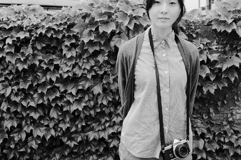 $フィルムカメラで嫁を撮る-葉