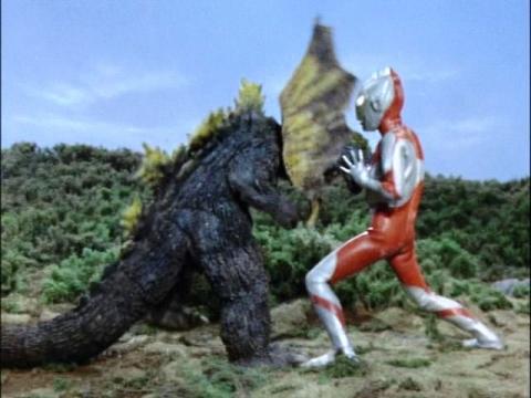 『ウルトラマン』 第10話 「謎の恐竜基地」  エリ巻き恐竜 ジラース