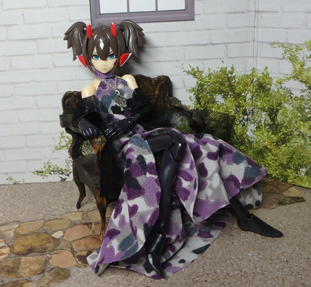 30_7_12 メガミデバイス用 紫色のドレス 1