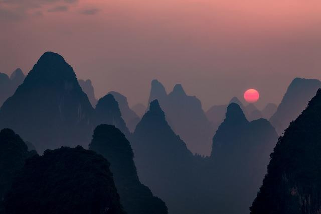 sunset-1687168_640.jpg