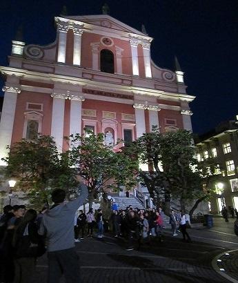 フランシスコ教会夜