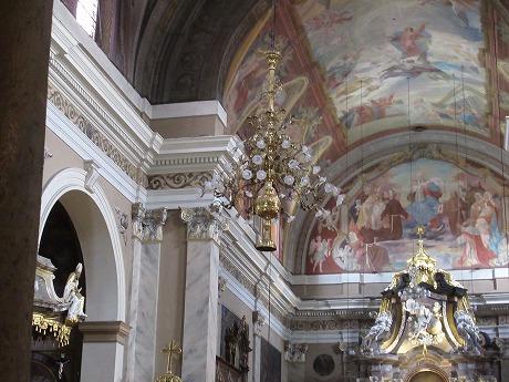 フランシスコ教会シャンデリア