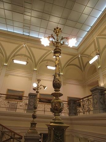 国立美術館 ランプ