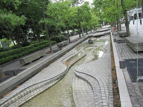空中庭園水路