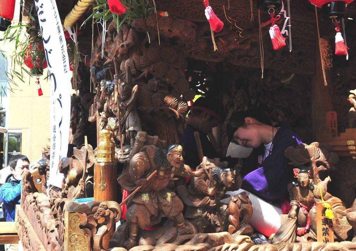 ⑨小林宝塚神社のだんじり彫物