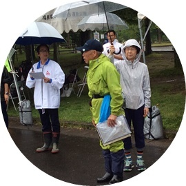 4 雨競技委員長井浅津